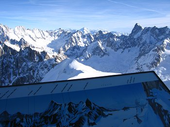 Vista dai 3840 mt slm dell'Aguille du Midi