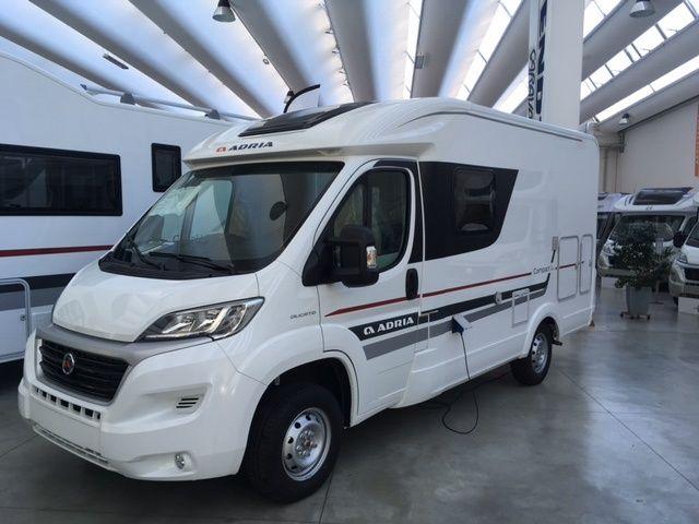 Vendita camper nuovi caravan e camper nuovi di tutte le for Vendita mobili usati on line