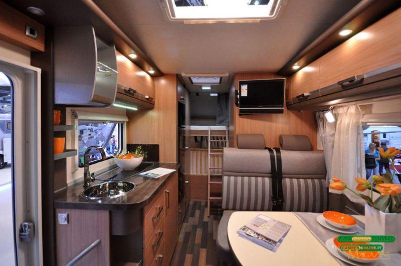 knaus 500 d listino camper nuovi e veicoli ricreazionali. Black Bedroom Furniture Sets. Home Design Ideas