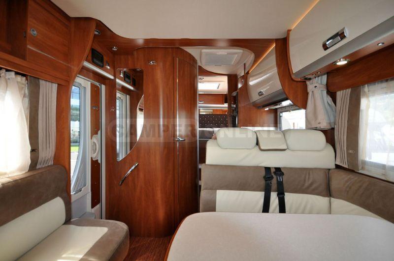 Laika kreos 4010 listino camper nuovi e veicoli for Laika kreos