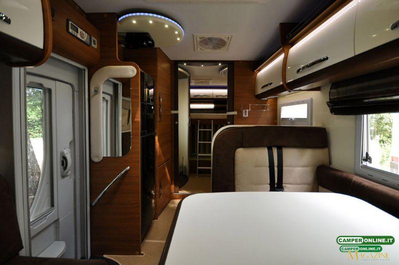 elnagh king 530 listino camper nuovi e veicoli ricreazionali su. Black Bedroom Furniture Sets. Home Design Ideas