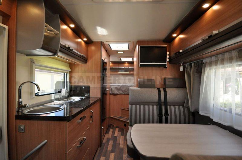 knaus sky traveller 500 d listino camper nuovi e veicoli. Black Bedroom Furniture Sets. Home Design Ideas