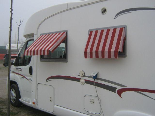 Tendine parasole per esterni home made camperonline - Parasole per finestre ...