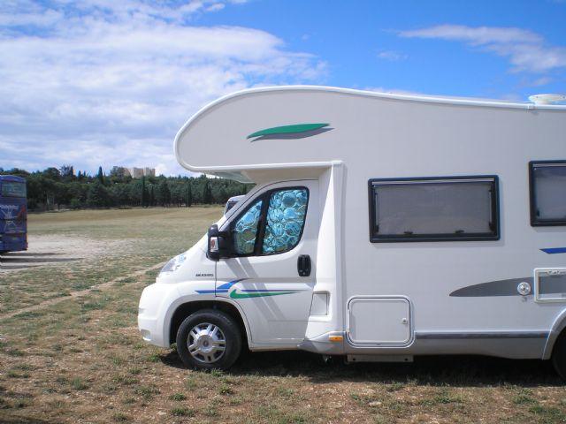 Area sosta camper Parcheggio Castel del Monte, 23/08/15
