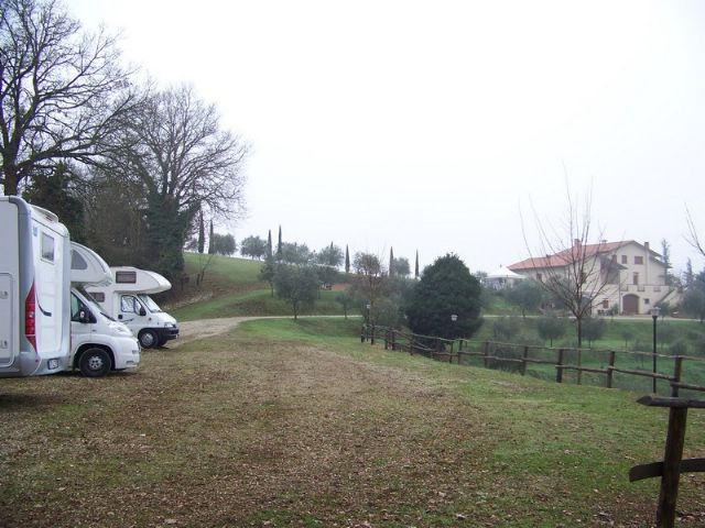 Area sosta camper Agriturismo Valle della Pieve, 24/06/16