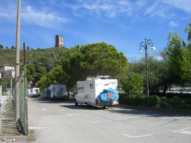 Area sosta camper a Marina di Camerota,SA, 24/01/11