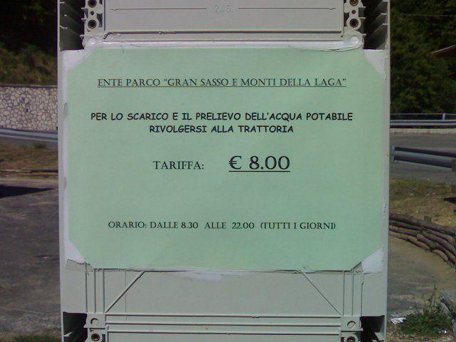 Area sosta camper a Ortolano di Campotosto, 15/04/08