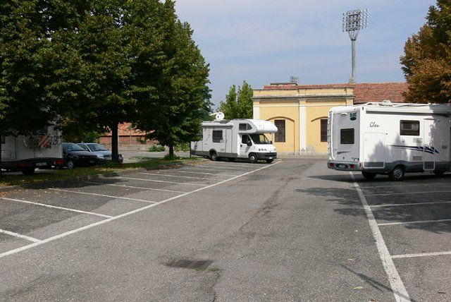 Area sosta camper Parking comunale, 13/08/16