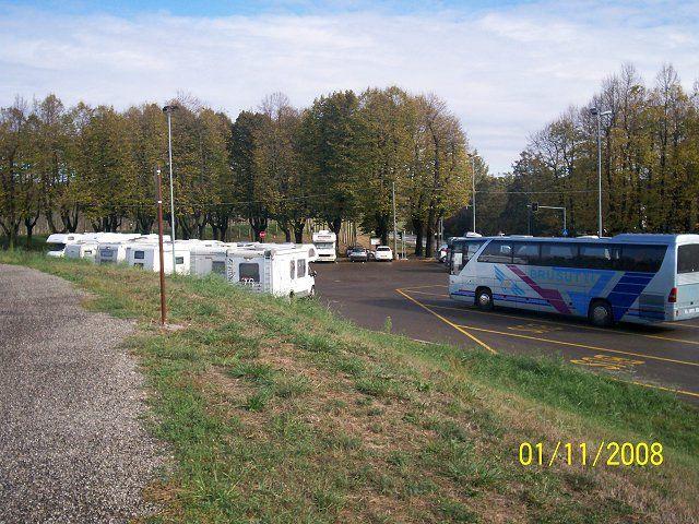 Area sosta camper parcheggio brescello emilia romagna italia - Sosta camper bagno di romagna ...