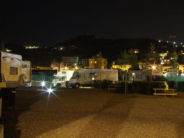 Area sosta camper Il Pozzo, Area il Pozzo in notturna, 09/10/16