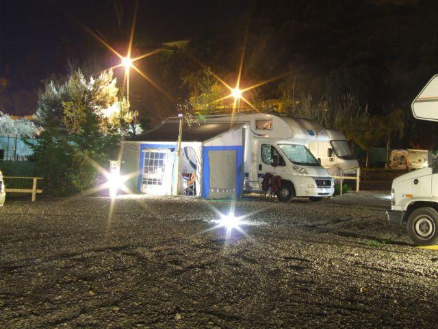 Area sosta camper Il Pozzo, Area di sosta il Pozzo in notturna, 09/10/16